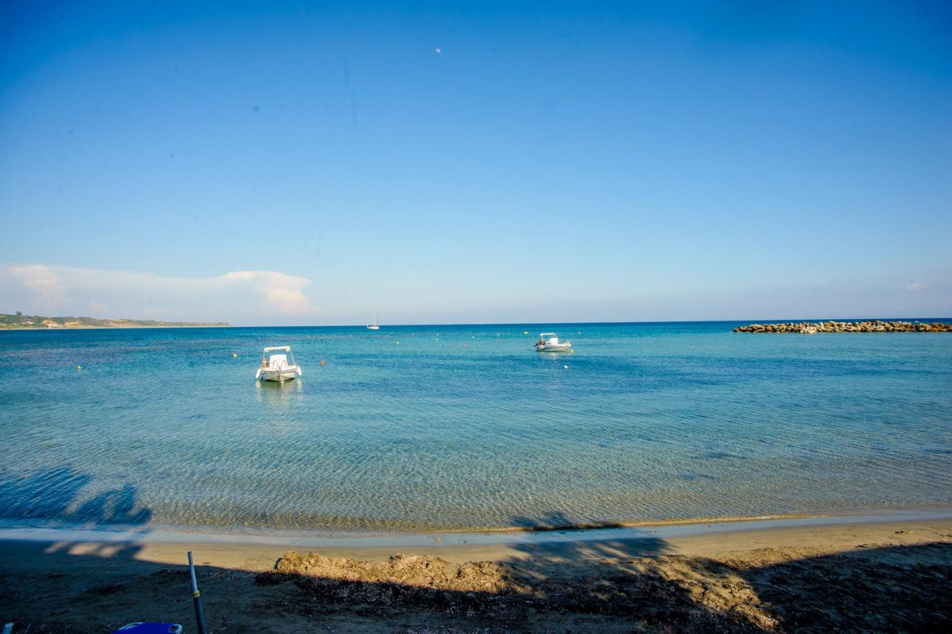 crystal blue waters - Melidron Hotel Kefalonia
