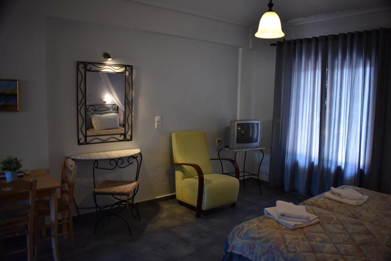 colorful rooms - Melidron Hotel Kefalonia