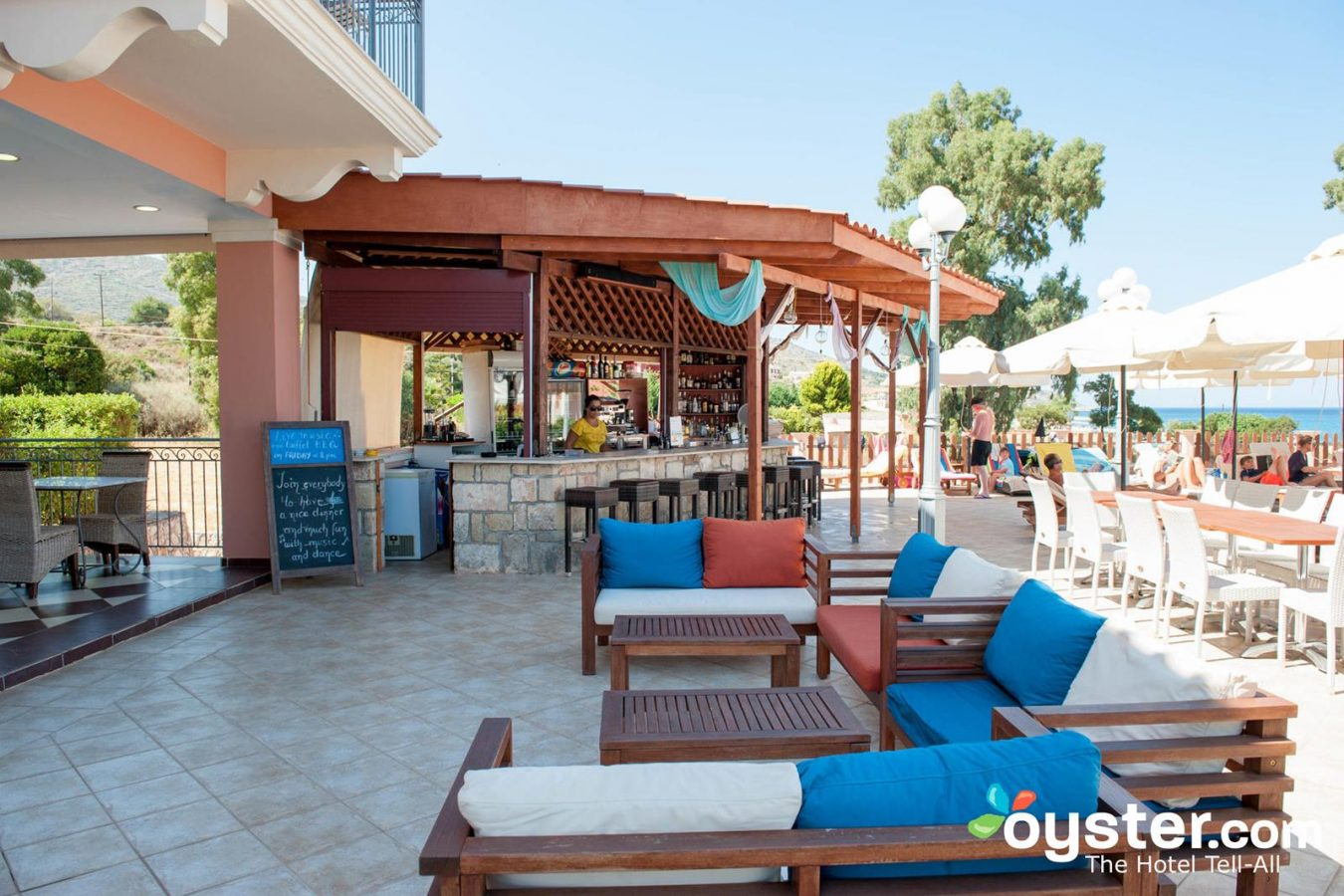 pool bar - Melidron Hotel Kefalonia